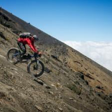 Volcanarchy:  Fatbiking Guatemala's Highest Volcanoes. Sponsors: Fatback Bikes, Lauf Forks, Gore Bike Wear, Julbo USA. | Ruta Volcán Acatenango , GuatemalaFilename: VC2016_EP03-ACAT-0329-G7-037-16x9Original Date: 03/29/2016© 2016 Brendan James Photography www.picsporadic.com