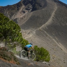 Volcanarchy:  Fatbiking Guatemala's Highest Volcanoes. Sponsors: Fatback Bikes, Lauf Forks, Gore Bike Wear, Julbo USA. | Ruta Volcán Acatenango , GuatemalaFilename: VC2016_EP03-ACAT-0329-G7-082-16x9Original Date: 03/29/2016© 2016 Brendan James Photography www.picsporadic.com