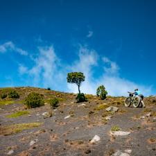 Volcanarchy:  Fatbiking Guatemala's Highest Volcanoes. Sponsors: Fatback Bikes, Lauf Forks, Gore Bike Wear, Julbo USA. | Ruta Volcán Acatenango , GuatemalaFilename: VC2016_EP03-ACAT-0329-G7-103Original Date: 03/29/2016© 2016 Brendan James Photography www.picsporadic.com