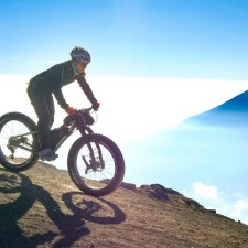 Volcanarchy:  Fatbiking Guatemala's Highest Volcanoes. Sponsors: Fatback Bikes, Lauf Forks, Gore Bike Wear, Julbo USA. | Ruta Volcán Acatenango , GuatemalaFilename: VC2016_EP03-ACAT-0329-G7-113-4K.00_09_44_21.Still021Original Date: 03/30/2016© 2016 Brendan James Photography www.picsporadic.com